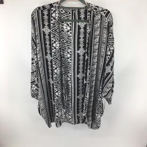 KAII Black & White Kimono NWT